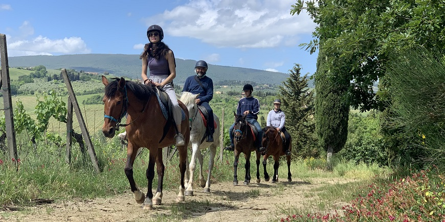 Half Day Horse Riding Tour in Tuscany